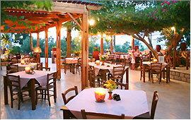 Taverna Kastro - Außenterrasse abends